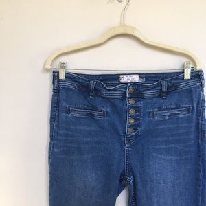 Free People ~ boot cut jeans